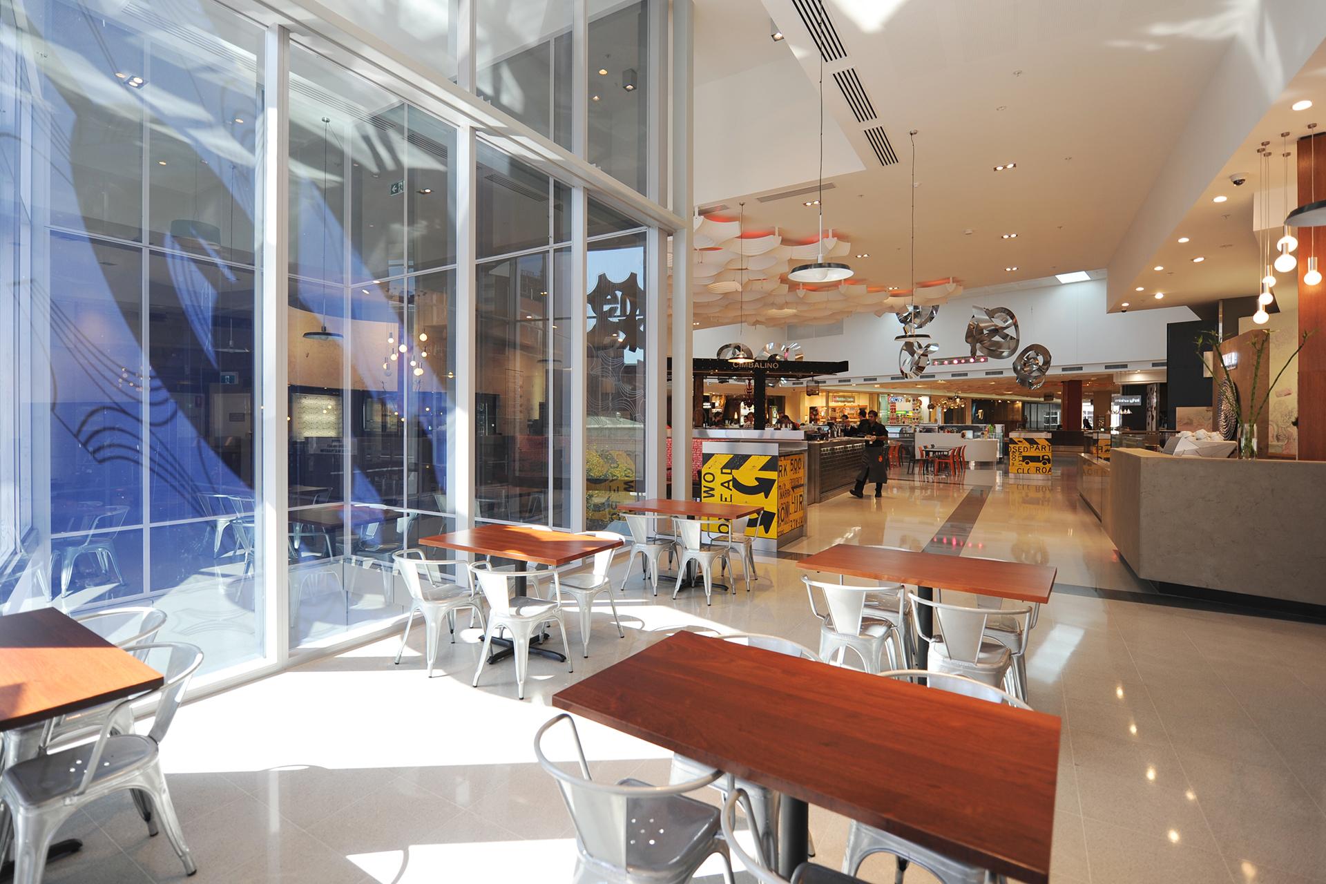 enex100 Retail Food Podium